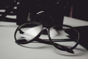 glasses-472027_1920